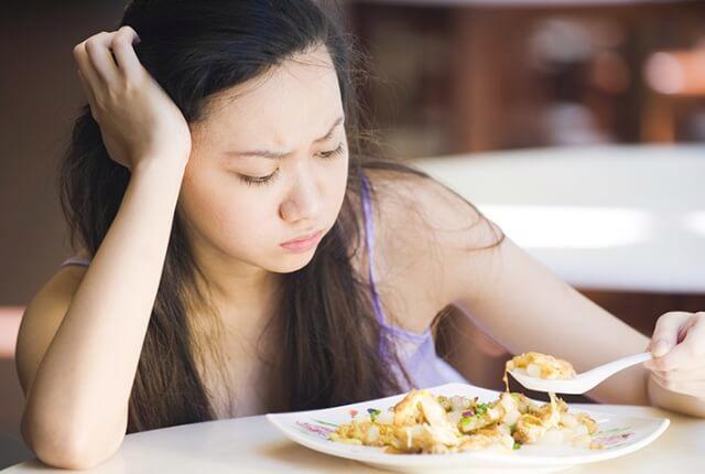 Chán ăn do bệnh lý: nên khám sức khỏe tổng quát - Ảnh 1.