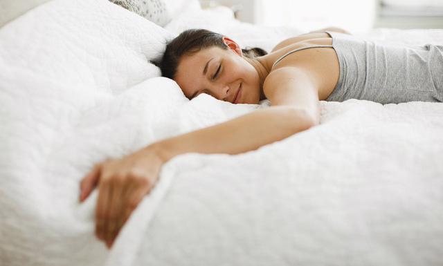 Giấc ngủ giúp nâng cao hệ miễn dịch - Ảnh 1.