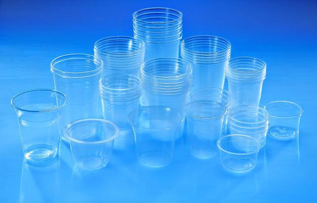 Nguy cơ nhiễm độc do dùng nhựa tái chế - Ảnh 1.