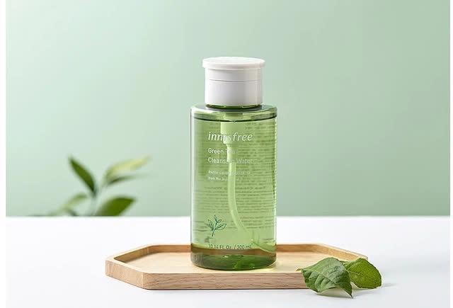 5 sản phẩm tẩy trang từ trà xanh cho làn da mùa xuân - Ảnh 1.