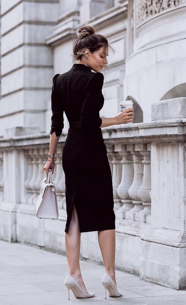 Mỗi phụ nữ đều là một fashionista nơi công sở - Ảnh 1.