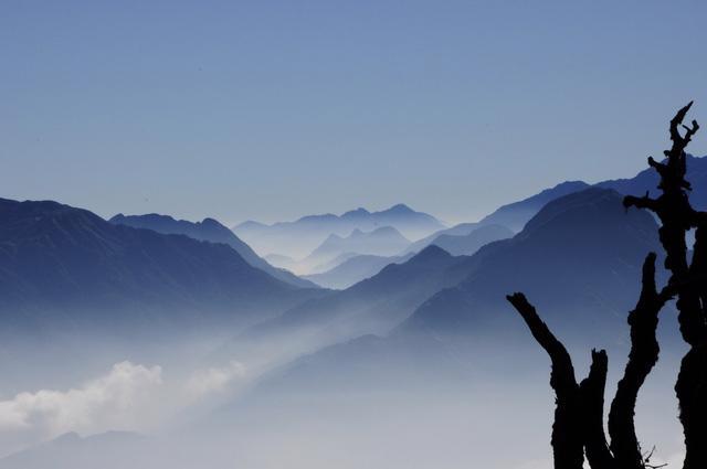 Bạch Mộc Lương Tử: hành trình săn mây và hái sao - Ảnh 6.