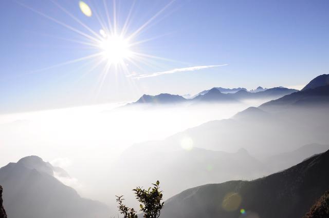 Bạch Mộc Lương Tử: hành trình săn mây và hái sao - Ảnh 3.