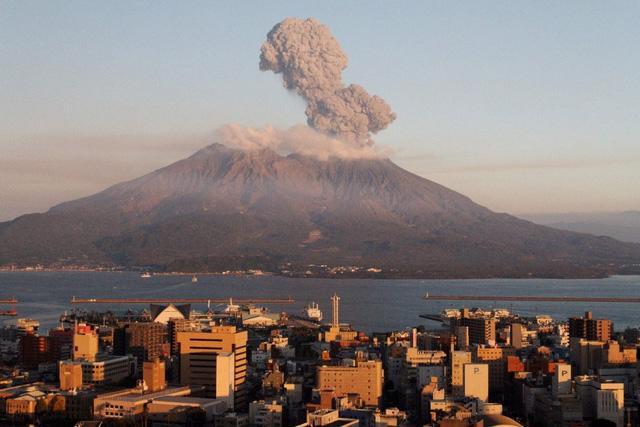 6 núi lửa nổi tiếng nhất tại Nhật Bản - Ảnh 8.