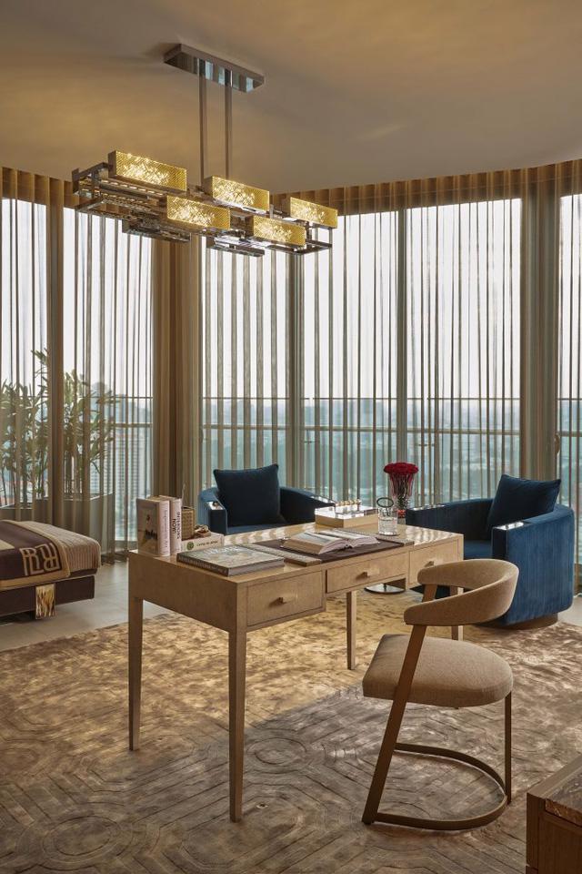 Căn hộ penthouse xa xỉ nhìn ra sông Sài Gòn - Ảnh 1.