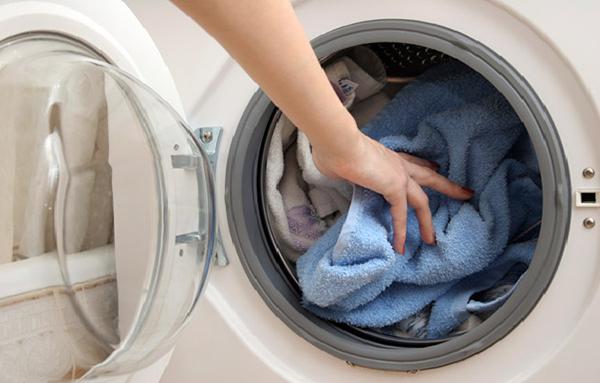 Mẹo dùng máy giặt tiết kiệm năng lượng - Ảnh 3.