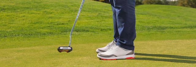 Top 5 đôi giày golf được yêu thích nhất năm 2018 - Ảnh 1.