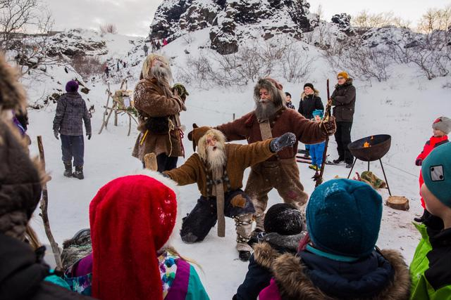 Giáng sinh như trong phim tại Reykjavik - Ảnh 8.