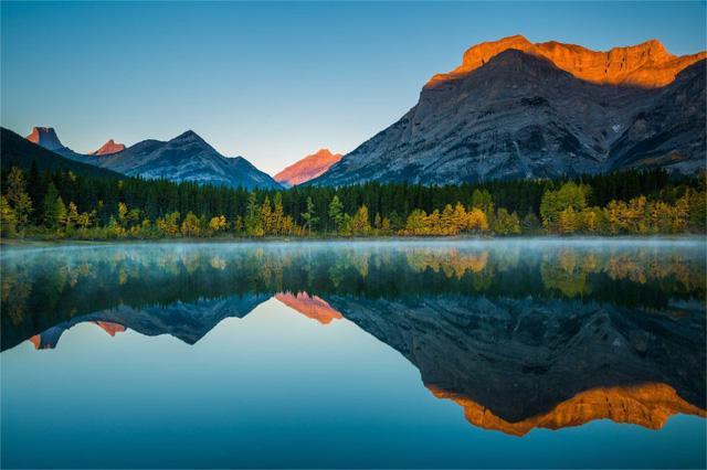 Ngắm mùa thu kỳ diệu trên đỉnh Rocky Mountain - Ảnh 6.