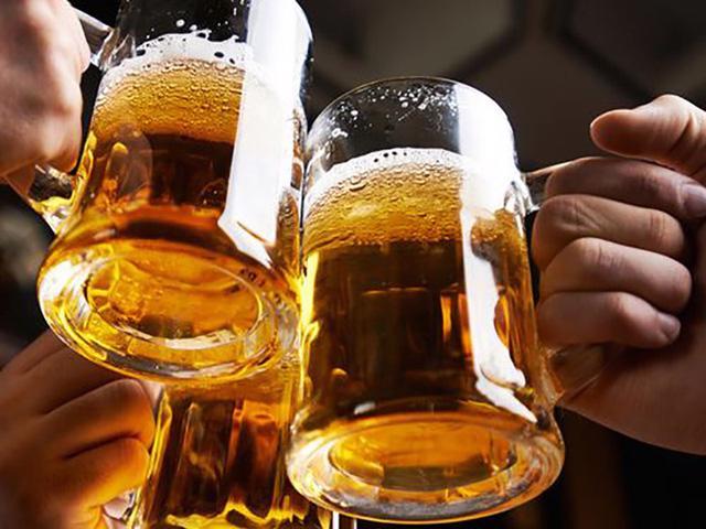 Thực trạng rượu, bia dịp Tết và cách nhận biết rượu giả - Ảnh 2.