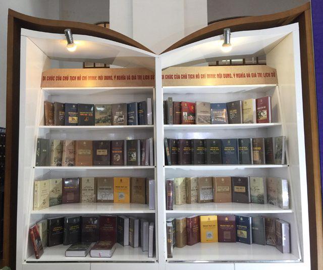 Tủ sách Thăng Long ngàn năm văn hiến sẽ được số hóa toàn bộ - Ảnh 2.