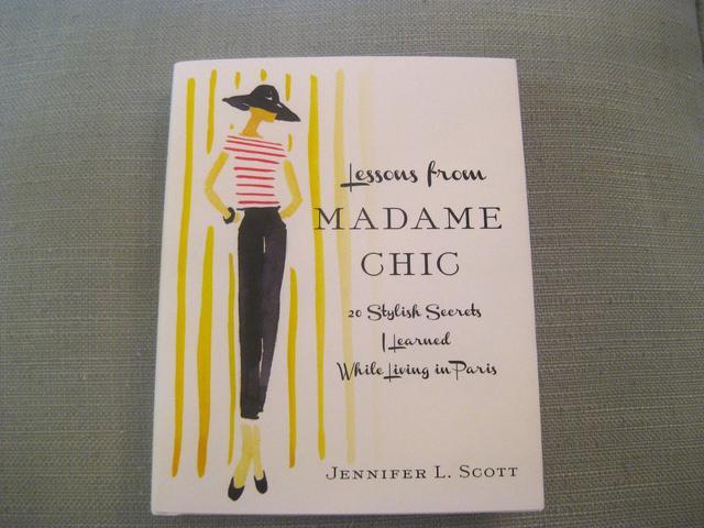 5 cuốn tiểu thuyết về thời trang mà các quý cô công sở nên đọc một lần - Ảnh 5.