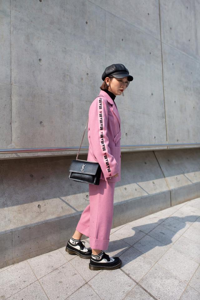Seoul Fashion Week và sự trở lại của chiếc mũ baker boy - Ảnh 11.