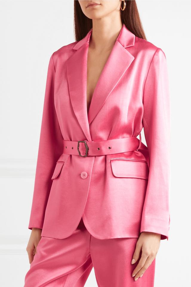 10 chiếc áo khoác màu hồng sẽ làm bừng sáng mùa đông - Ảnh 12.