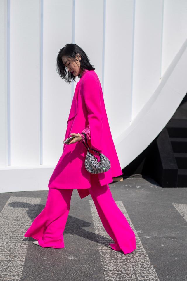 Street style tại các tuần lễ thời trang: suits vẫn phủ sóng - Ảnh 7.