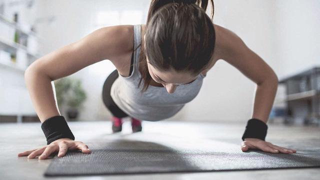 7 bài tập cho người muốn tăng cân - Ảnh 1.