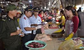 Hà Nội đẩy mạnh thanh tra an toàn thực phẩm, cần tiến hành toàn diện hơn - Ảnh 1.