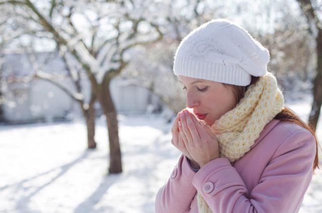 8 bộ phận cơ thể cần giữ ấm vào mùa đông - Ảnh 2.