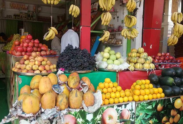 Loạn... trái cây nhập khẩu - Ảnh 3.