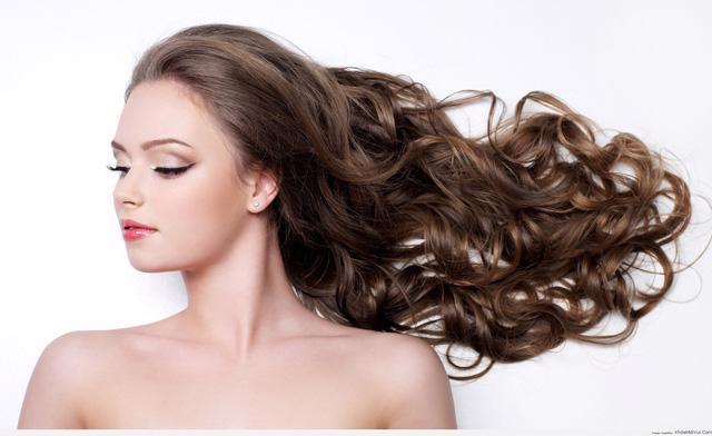 Bí kíp ngăn tóc gãy rụng hiệu quả ngay tại nhà - Ảnh 3.