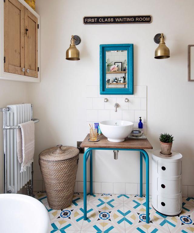6 ghi nhớ nếu bạn muốn tái sử dụng đồ nội thất cũ cho phòng tắm - Ảnh 2.