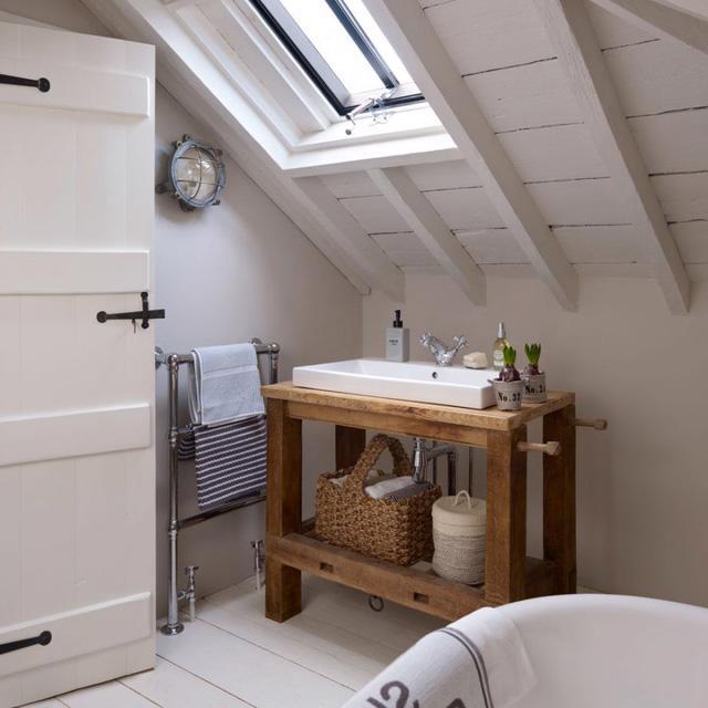 6 ghi nhớ nếu bạn muốn tái sử dụng đồ nội thất cũ cho phòng tắm - Ảnh 4.