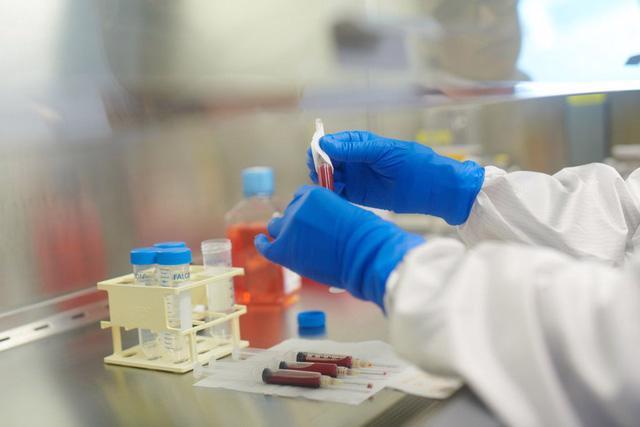 Vaccine sinh học: kỳ vọng mới trong điều trị ung thư - Ảnh 2.