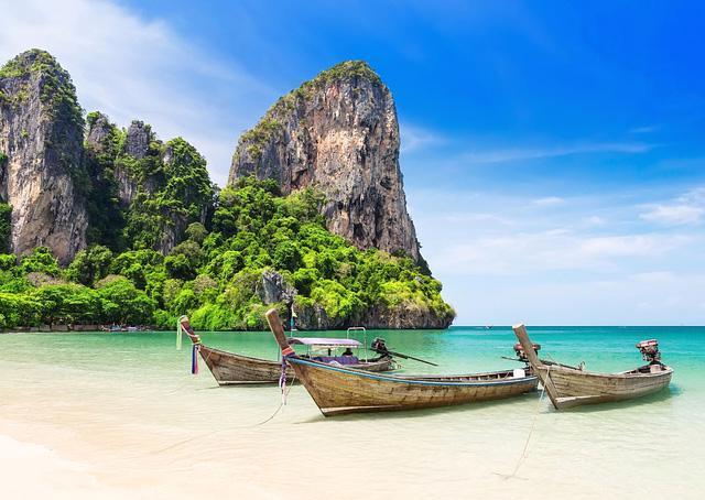 Nếu đã tiêm đủ vaccine, bạn có thể đi du lịch Phuket - Ảnh 1.