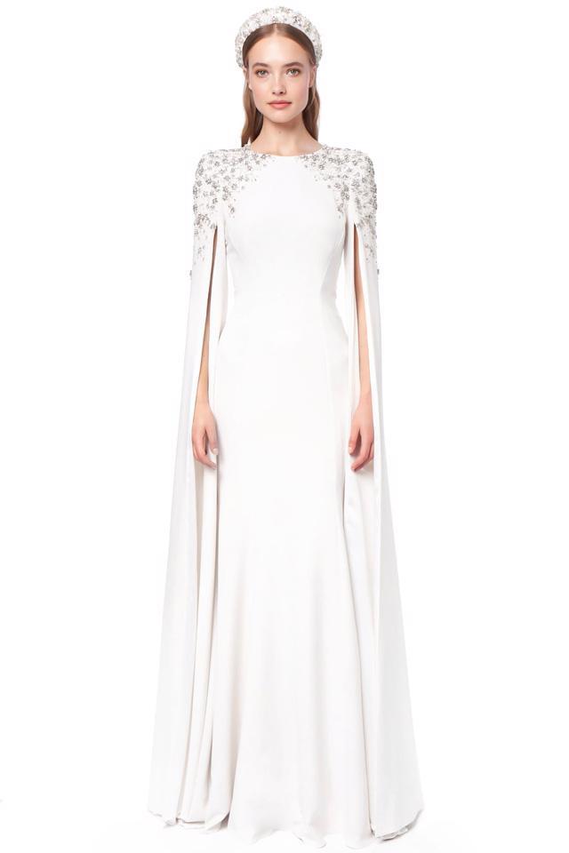 10 bộ váy cô dâu đẹp nhất mùa cưới này - Ảnh 2.