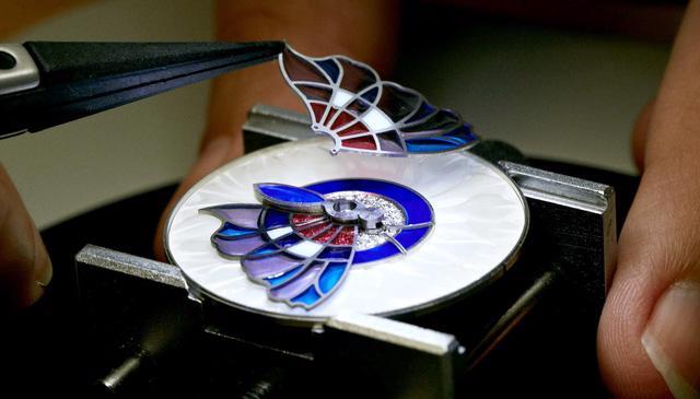 Van Cleef & Arpels: những kiệt tác đồng hồ trang sức - Ảnh 6.