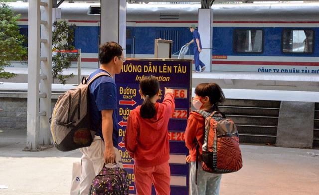 Thị trường vé đi lại dịp Tết Nguyên đán bắt đầu nhộn nhịp - Ảnh 2.