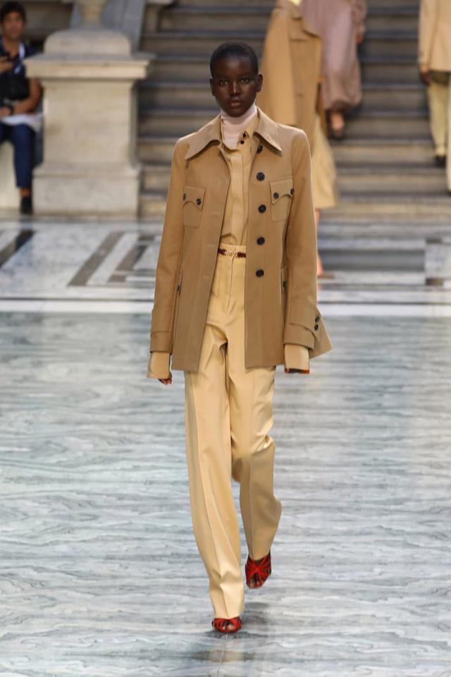BST mới nhất của Victoria Beckham tại London Fashion Week 2020 - Ảnh 6.