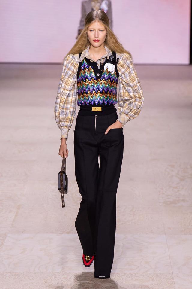 BST Xuân – Hè 2020 của Louis Vuitton: năm 1970 đã trở lại - Ảnh 1.