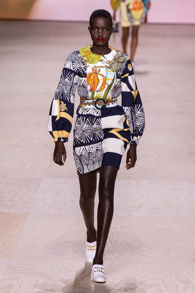 BST Xuân – Hè 2020 của Louis Vuitton: năm 1970 đã trở lại - Ảnh 8.