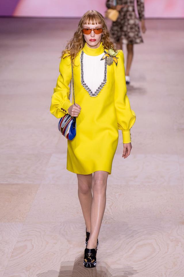 BST Xuân – Hè 2020 của Louis Vuitton: năm 1970 đã trở lại - Ảnh 12.