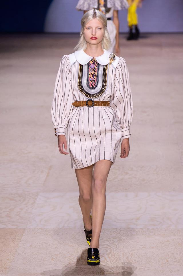 BST Xuân – Hè 2020 của Louis Vuitton: năm 1970 đã trở lại - Ảnh 15.