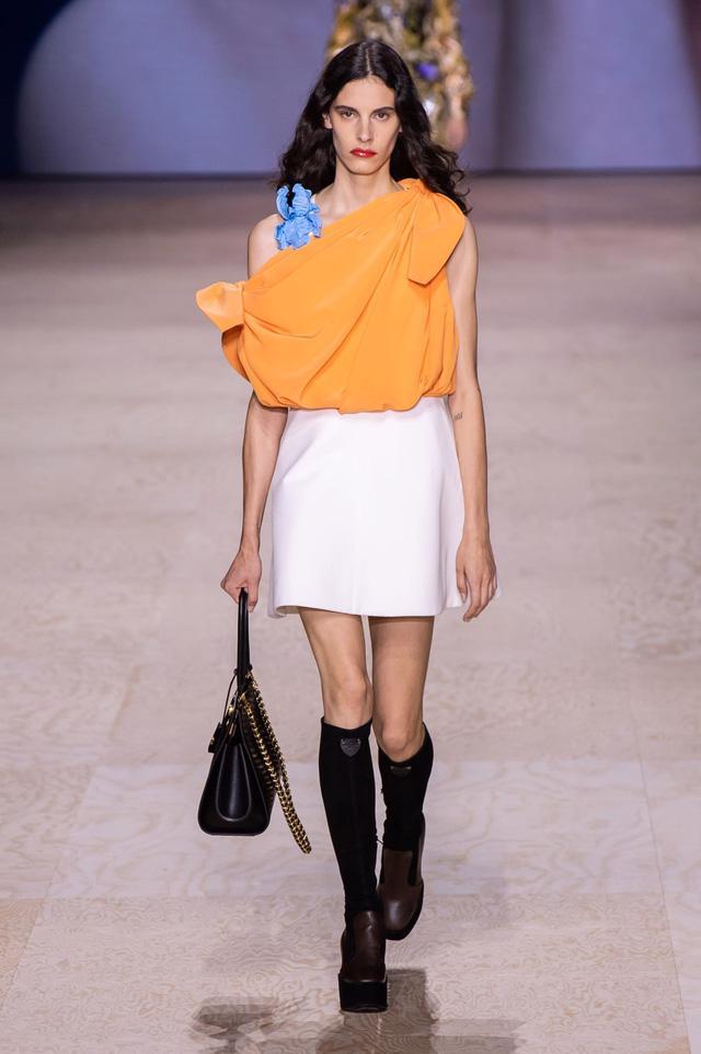 BST Xuân – Hè 2020 của Louis Vuitton: năm 1970 đã trở lại - Ảnh 16.