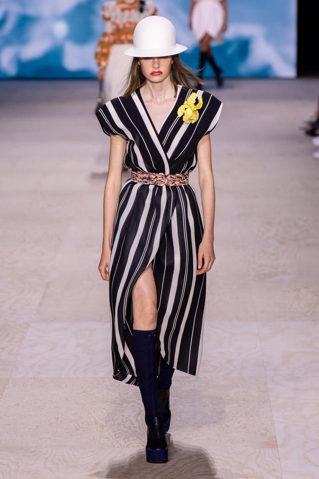 BST Xuân – Hè 2020 của Louis Vuitton: năm 1970 đã trở lại - Ảnh 18.