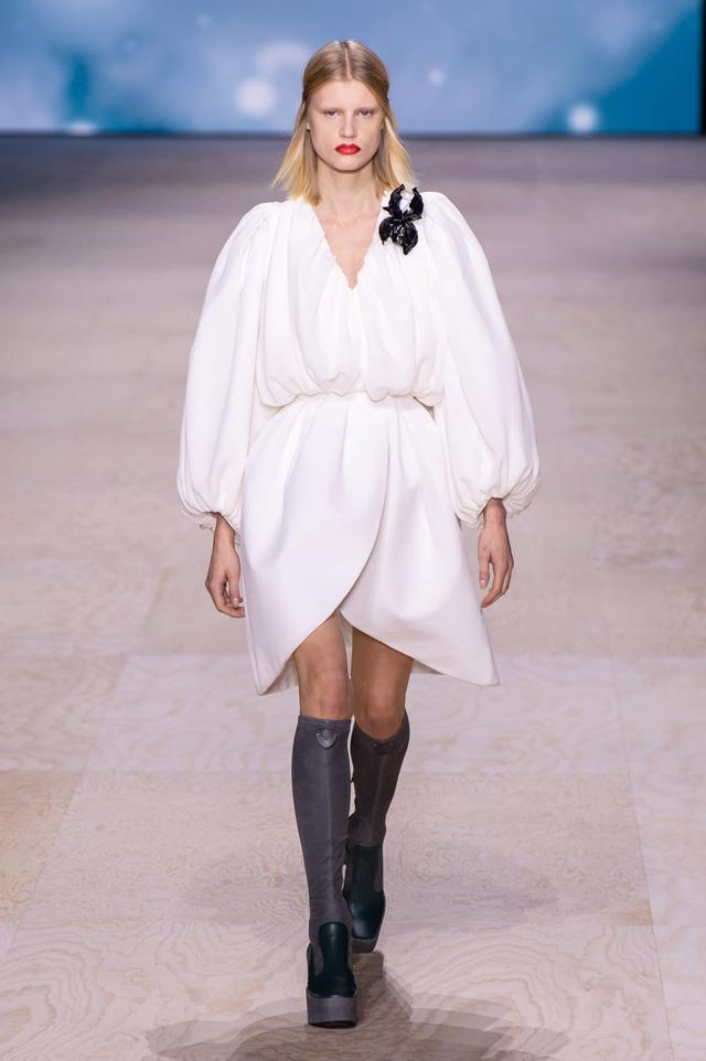 BST Xuân – Hè 2020 của Louis Vuitton: năm 1970 đã trở lại - Ảnh 19.