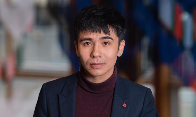 Nhà văn Mỹ gốc Việt nhận giải Thiên tài MacArthur - Ảnh 1.