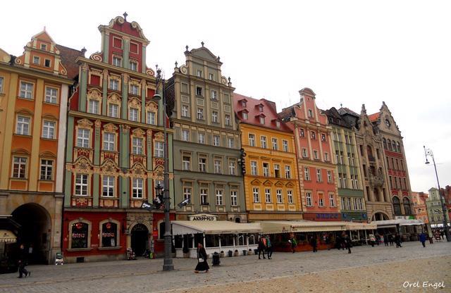 Wroclaw – không khí Giáng sinh Trung cổ kỳ diệu - Ảnh 2.