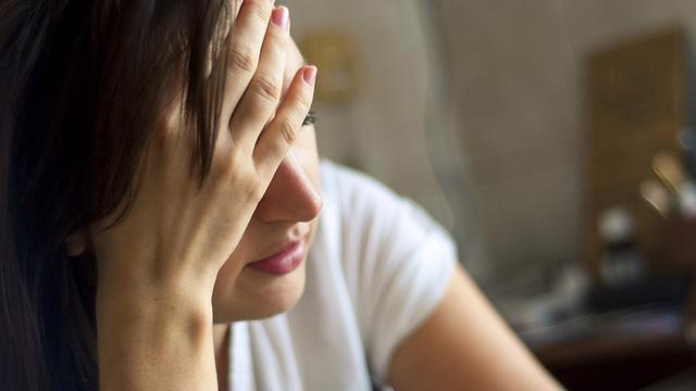 7 dấu hiệu bệnh tim mạch ở phụ nữ trung niên - Ảnh 2.