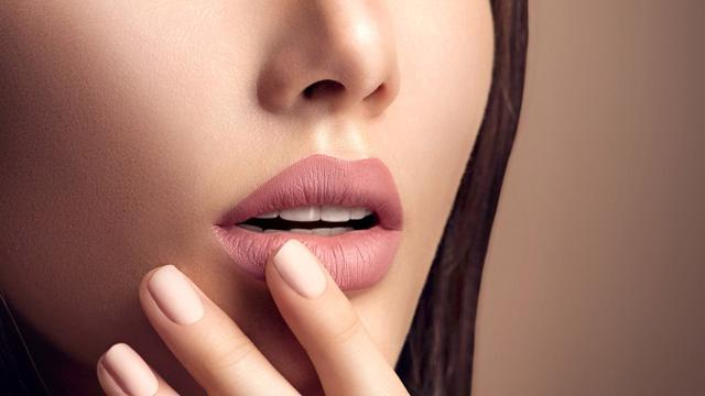 8 lỗi dùng son môi có thể bạn đang mắc phải - Ảnh 2.