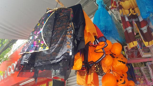 Thị trường Halloween: hàng Trung Quốc vẫn chiếm đa số - Ảnh 2.