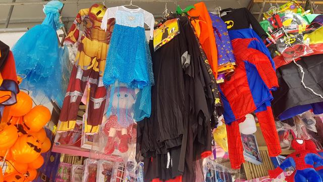 Thị trường Halloween: hàng Trung Quốc vẫn chiếm đa số - Ảnh 4.