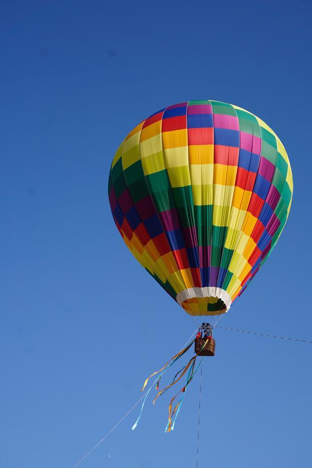 Đến Lai Châu khai mạc giải dù lượn và ngắm khinh khí cầu - Ảnh 5.