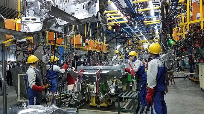 Việt Nam vẫn phụ thuộc vào nguyên liệu nhập khẩu - Ảnh 2.
