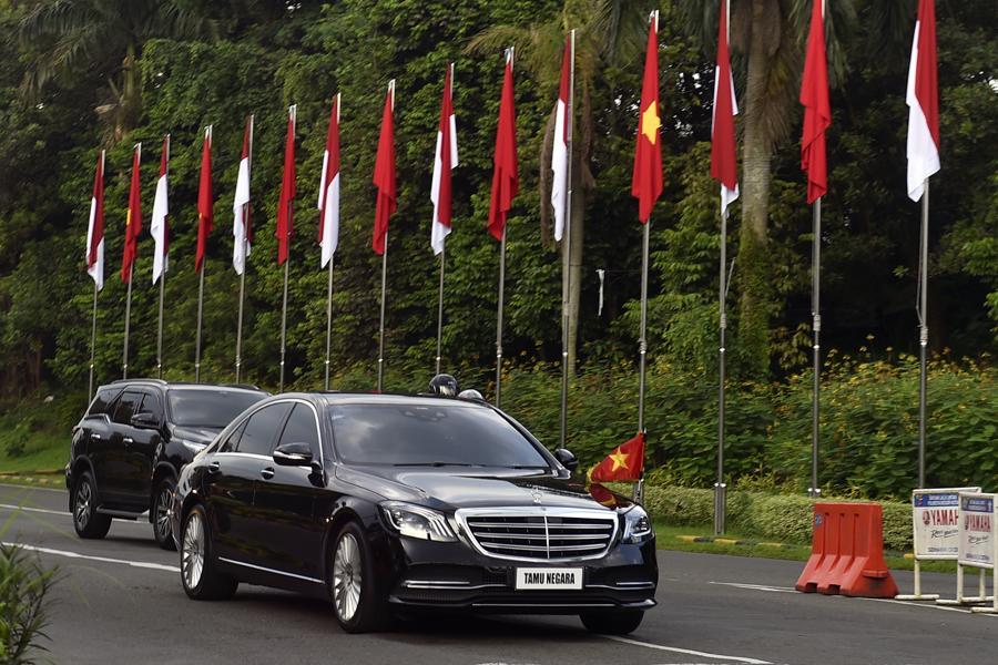 Chiều 23/4, Thủ tướng Phạm Minh Chính đã có cuộc gặp song phương với Tổng thống Indonesia Joko Widodotại Phủ Tổng thống Indonesia (Cung Bogor)- Ảnh: VGP