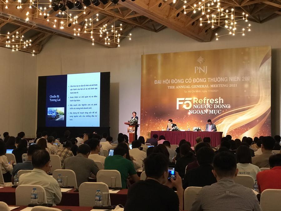 PNJ đẩy mạnh bán lẻ trang sức, lợi nhuận dự kiến 1.532 tỷ đồng năm 2021 - Ảnh 1.