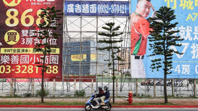 """Trung Quốc, Singapore làm gì để hạ nhiệt """"sốt"""" địa ốc? - Ảnh 1."""